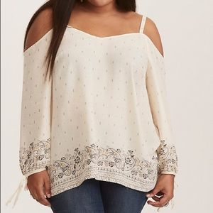 Torrid size 1 Off-White floral pattern blouse
